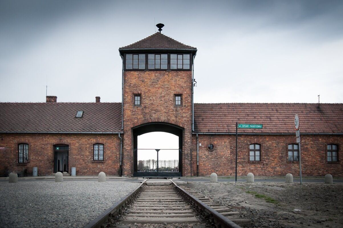 auschwitz-war-camp