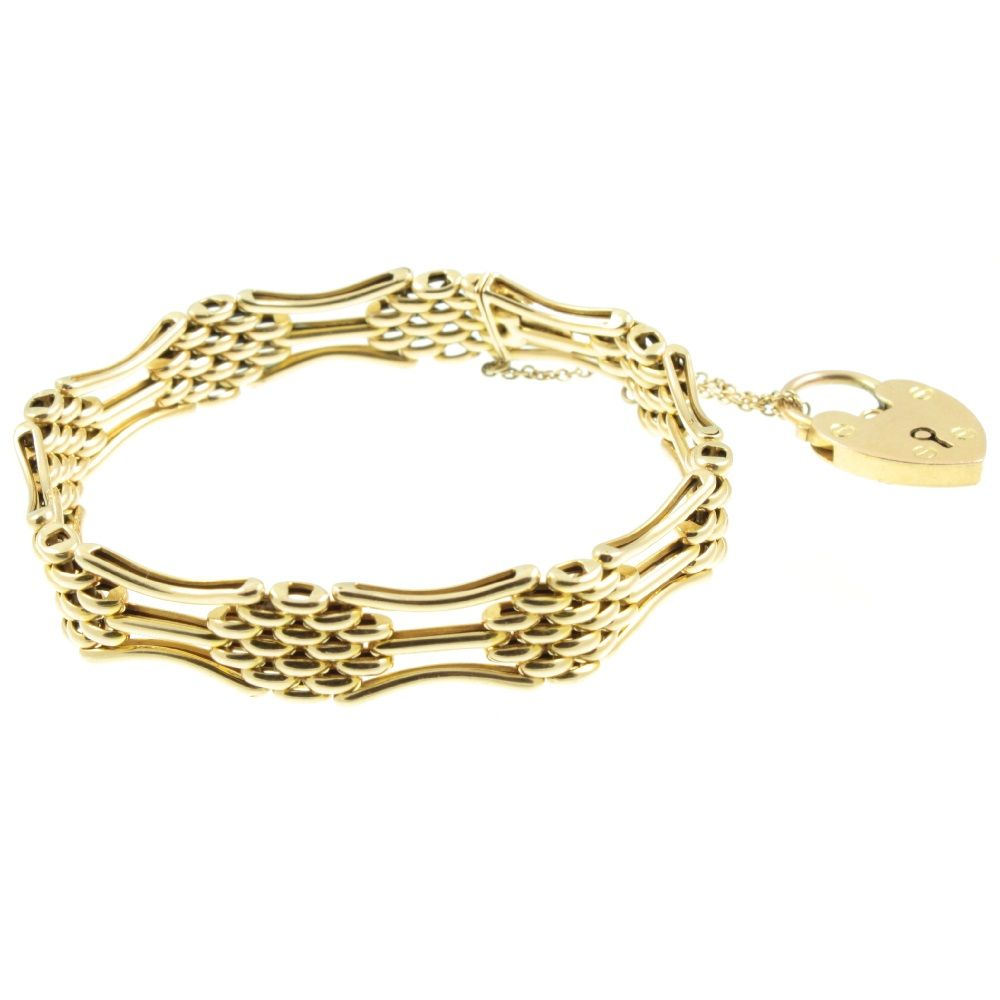 Edwardian-Gate-Link-Bracelet.